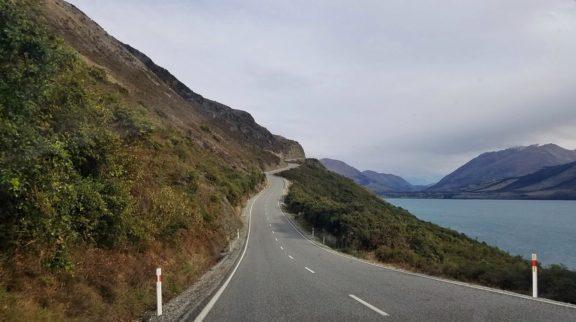 Southbound along Lake Wakatipu